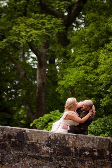 groom threatens to throw bride off bridge