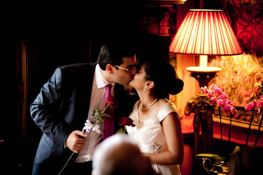 bride and groom kiss at prestonfiled house in edinburgh