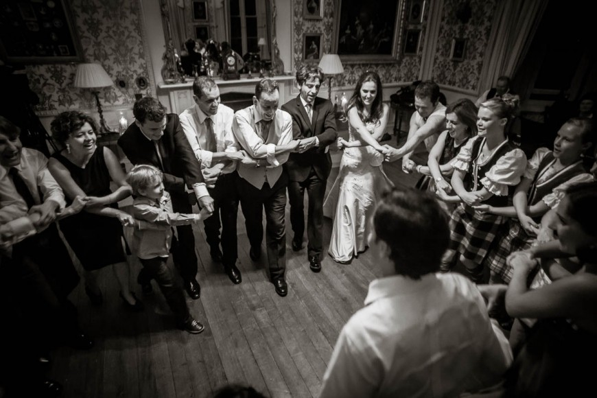 auld lang syne at wedding at Drummuir Castle