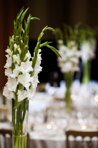 white flowers wedding centrepieces
