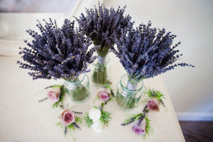 wedding flowers lavender and roses