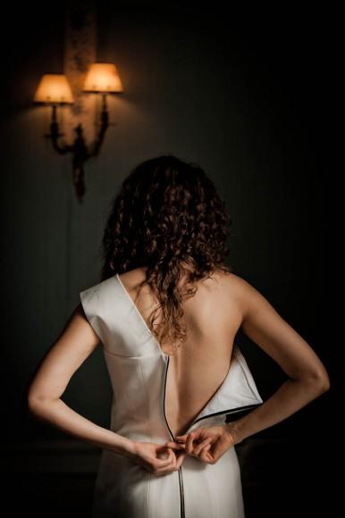 bride zip uo dress from behind